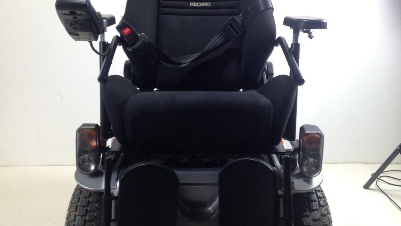 fauteuil roulant lectrique invacare g50 access 39 sant. Black Bedroom Furniture Sets. Home Design Ideas