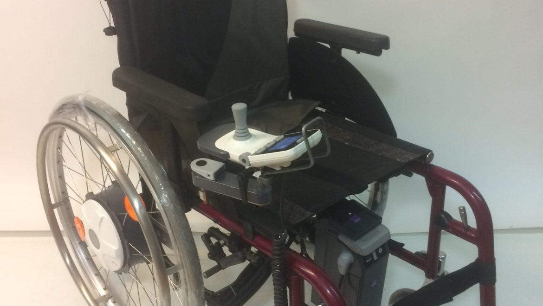fauteuil roulant lectrique invacare e fix e35 access 39 sant. Black Bedroom Furniture Sets. Home Design Ideas